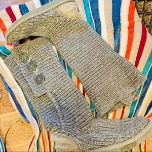 {UGG} Classic Cardy Gray Sweater Boots